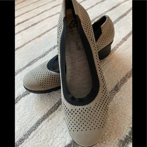 Cushion shoes